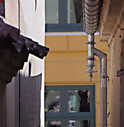 Drueknæ på fredet hus i Ærøskøbing.