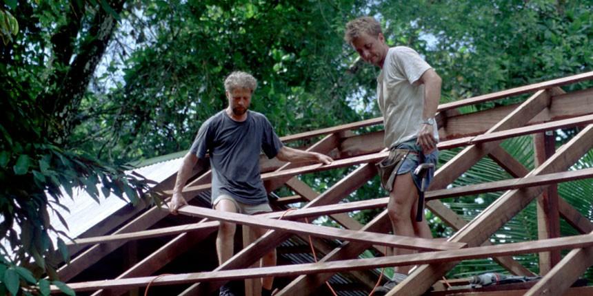 På Nicaraguas østkyst, hjalp vi med skolebyggeri og opførelse af huse til indianerstamme. I Costa Rica, opførte vagthuse i nationalparker til brug for beskyttelse af regnskov og koralrev.